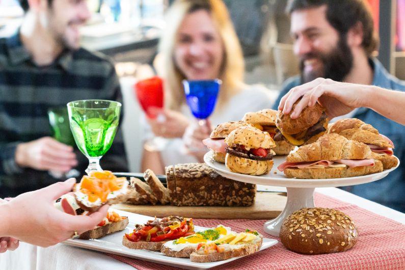 Aperitivo: ricette facili, gourmet ed economiche