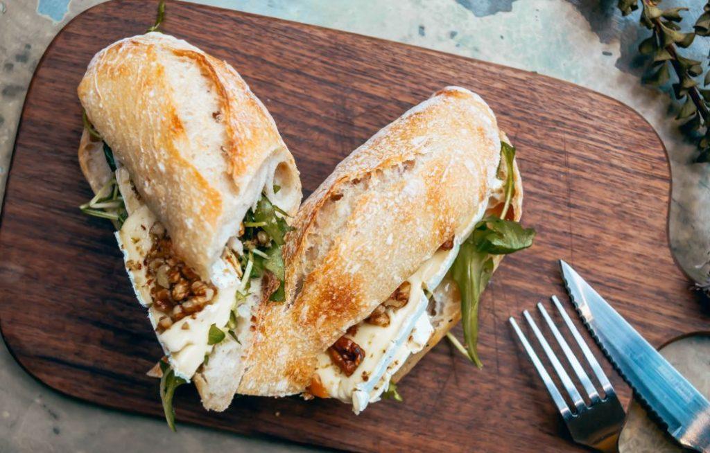 panino-vegetariano-gorgonzola-noci